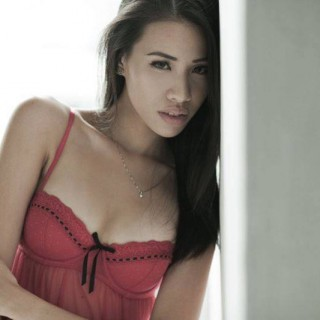 Singapore Amanda Toh on FollowMeMaybe.com