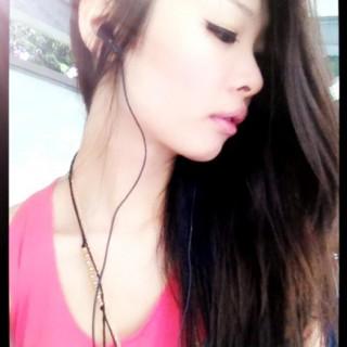 Singapore Kalyn Dingling at FollowMeMaybe.com