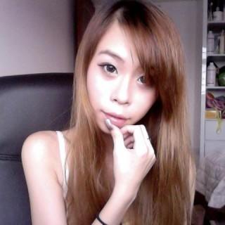 Singapore Vanessa Thlivingdoll Koh at FollowMeMaybe.com