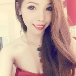 Singapore Victoria Vicky Yeo at FollowMeMaybe.com